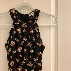 Floral jumpsuit, black and red floral size XXS